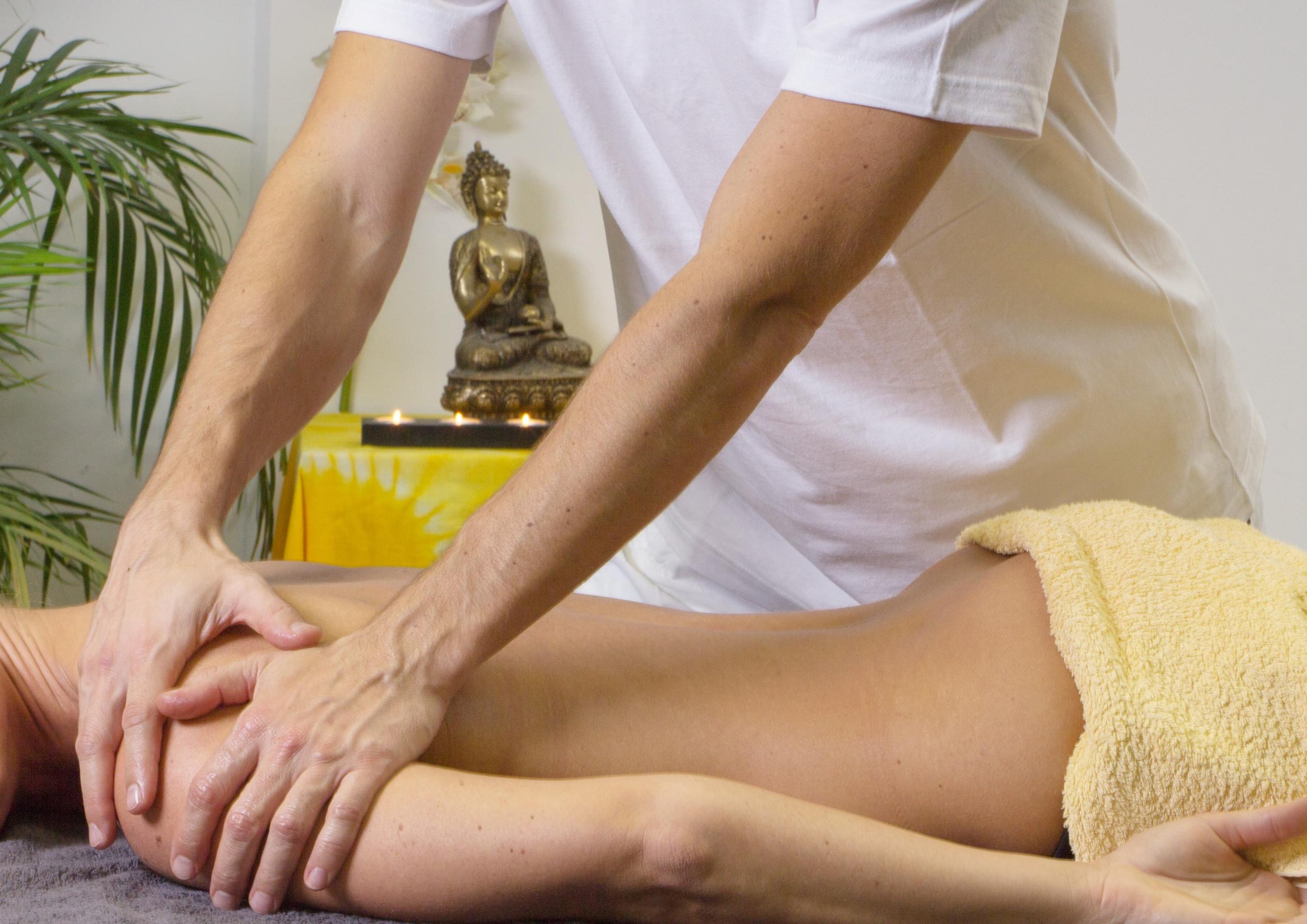 massage-2768832